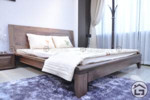 1 5 300x200 - Giường gỗ hiện đại GN03