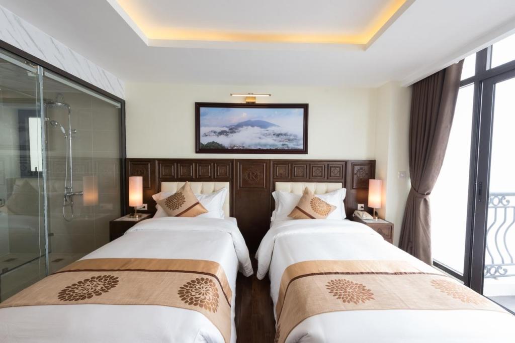 133280686 1024x683 - Thiết kế & thi công nội thất khách sạn 4 sao Sapa Relax Hotel & Spa