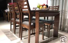 5 1 240x152 - Bàn ghế ăn gỗ BA03