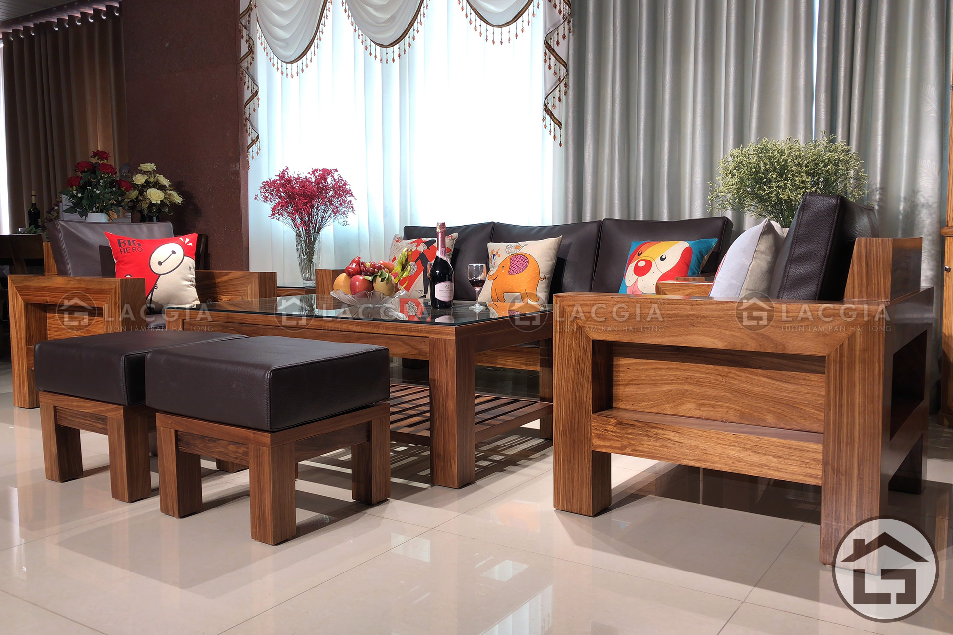 Bộ bàn ghế gỗ cho phòng khách chung cư, biệt thự sang trọng