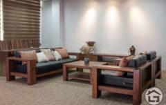 Bàn ghế gỗ cao cấp với chất liệu gỗ óc chó