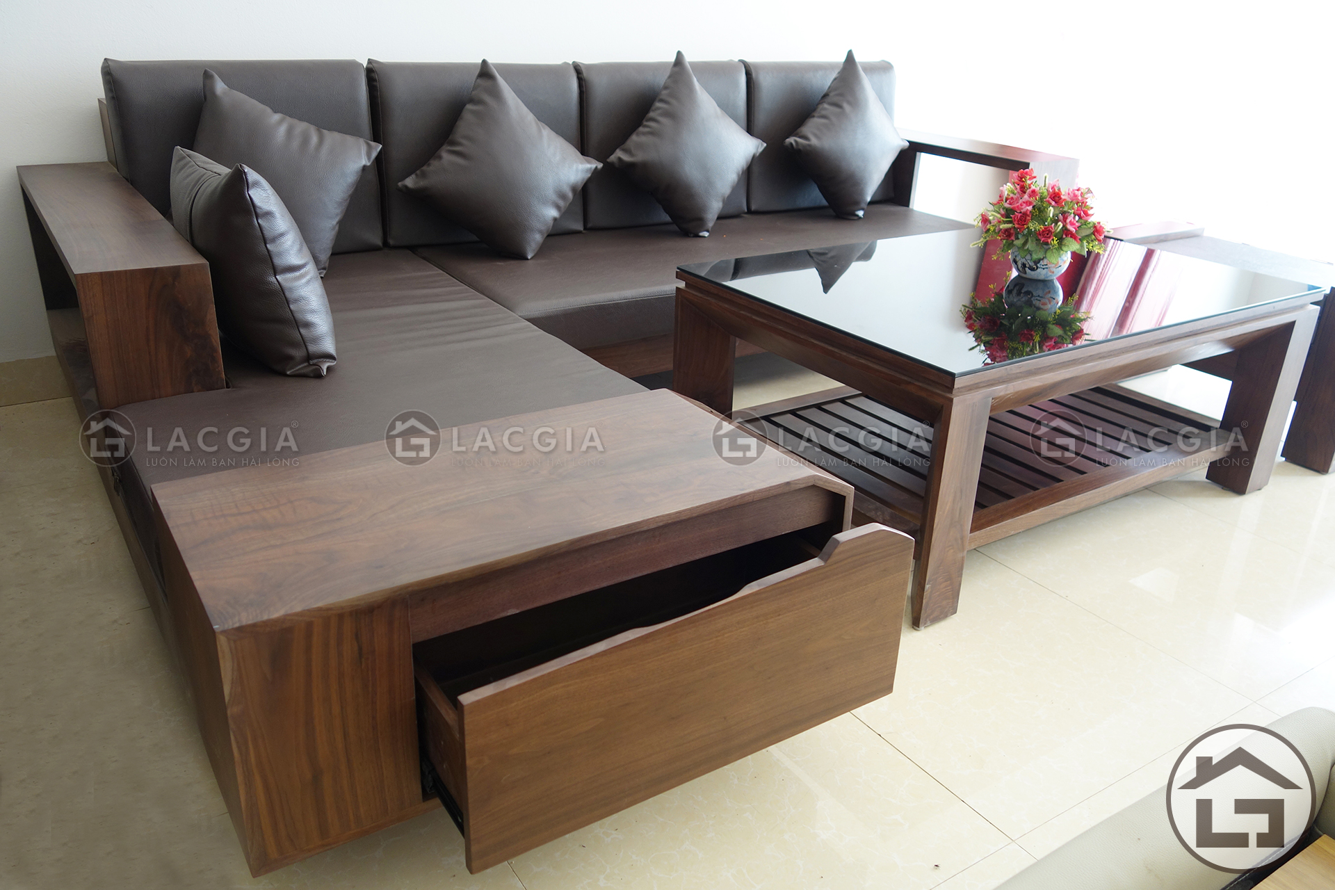Sofa gỗ chữ L đẹp, giá rẻ cho phòng khách