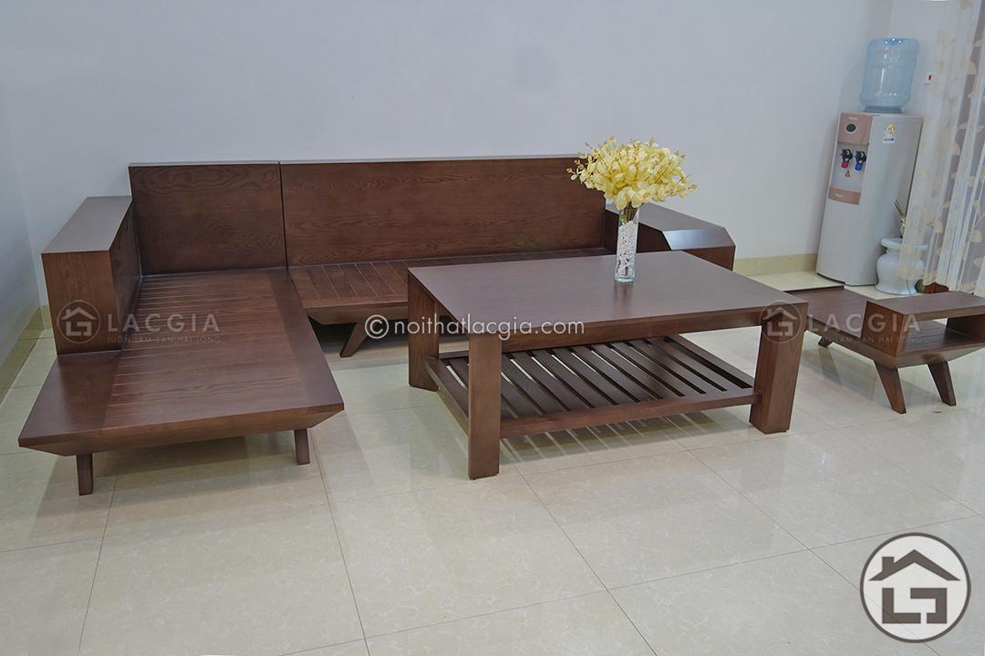 Chất liệu chính để sản xuất bộ sản phẩm SF05 là gỗ tự nhiên nhập khẩu