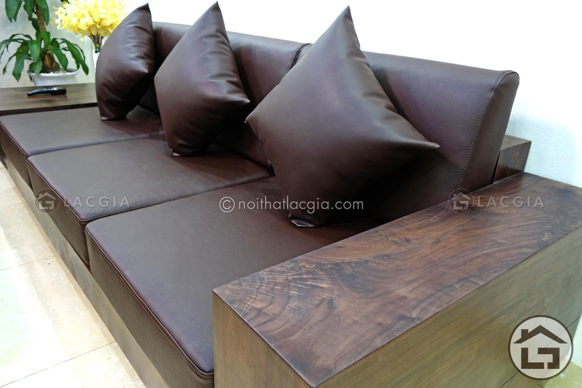 Sofa gỗ cho chung với hệ thống đệm mút K43