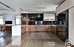 TB06 240x152 - Tủ bếp gỗ hiện đại TB06