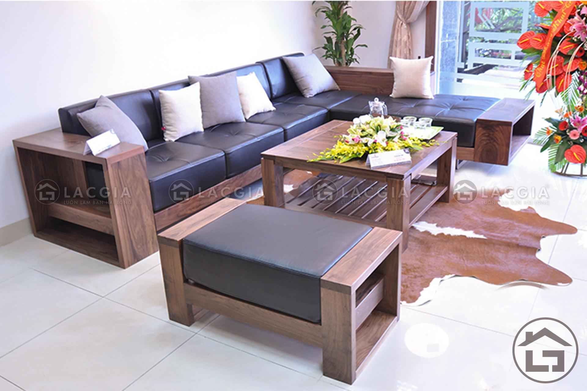 Sofa go chu L hien dai 6 - Cách chọn thảm trải sàn sofa gỗ đẹp cho không gian phòng khách