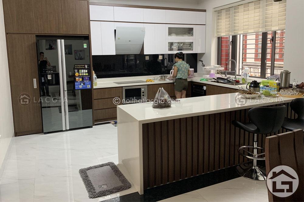 thiet ke noi that phong bep chi na 3 - 3 Mẫu thiết kế và thi công nội thất cho chung cư 60m2
