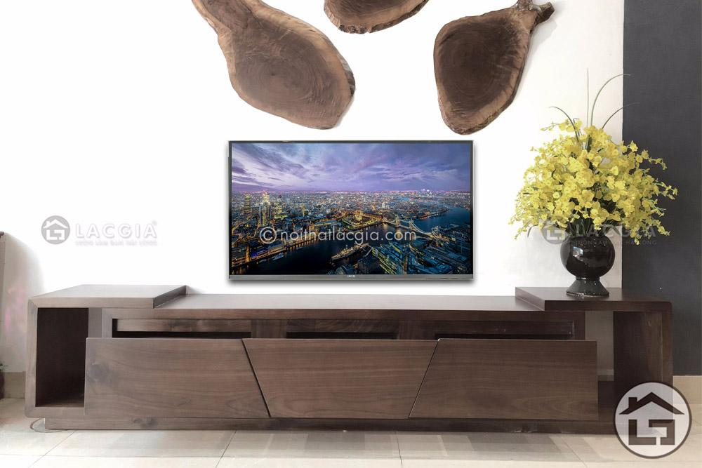 Kệ tivi gỗ tự nhiên đẹp KTV29